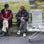 Решение проблемы бедности властями регионов РФ: «отнять у бедных, отдать нищим»