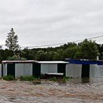 В Иркутской области мэр, который спасал свой коттедж от паводка, ушел в отставку