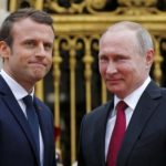 Киев: встреча Макрона и Путина — это похороны санкций против России