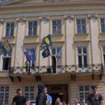 Мэр Львова предложил областным депутатам провести заседание в психиатрической больнице