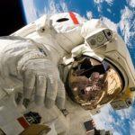 Скафандр производства США опять «протёк» в открытом космосе