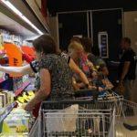 В Литве стремительно растут цены: граждане экономят на еде и на здоровье