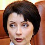 Бывший министр Елена Лукаш: Украина просто рассыпается на глазах