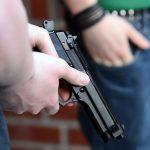 В США в штате Флорида мэр одного из городов открыл огонь по сотрудникам полиции