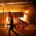 В США в Миннеаполисе украинец въехал в толпу протестантов на грузовике
