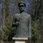 Общественник: Дуда и глава МИД Польши обязаны восстановить памятник Рокоссовскому за свой счет