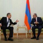 В Ереване при встрече с российскими министрами «забыли» про флаг России