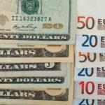 "<span class=""title"">Банк России поднял официальный курс доллара почти на 26 копеек, евро— на 33</span>"