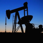 """<span class=""""title"""">Нефть растет в цене на мировых биржах</span>"""