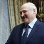 """<span class=""""title"""">«Пир во время чумы»: Лукашенко раскритиковали за недавний триумф на льду</span>"""