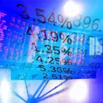 """<span class=""""title"""">Российские индексы падают на открытии торгов</span>"""